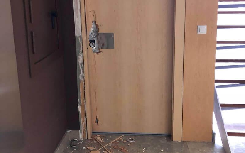 La puerta de seguridad de erkoch security impide el robo de unas oficinas de Bizkaia